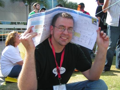 ComicCon2009_Scott_in_Line_H